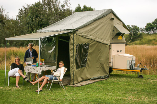 eezi-awn-rooftop-tent-1-of-4