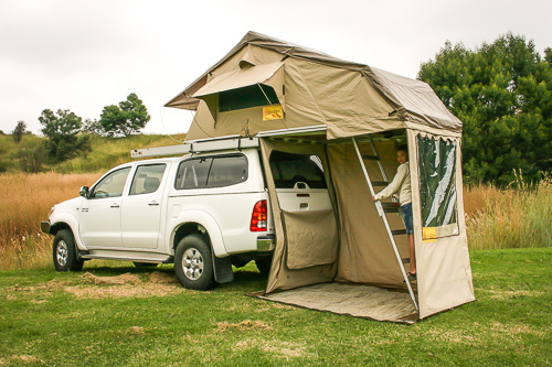 eezi-awn-rooftop-tent-2-of-4