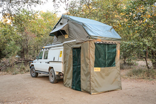 eezi-awn-rooftop-tent-3-of-4